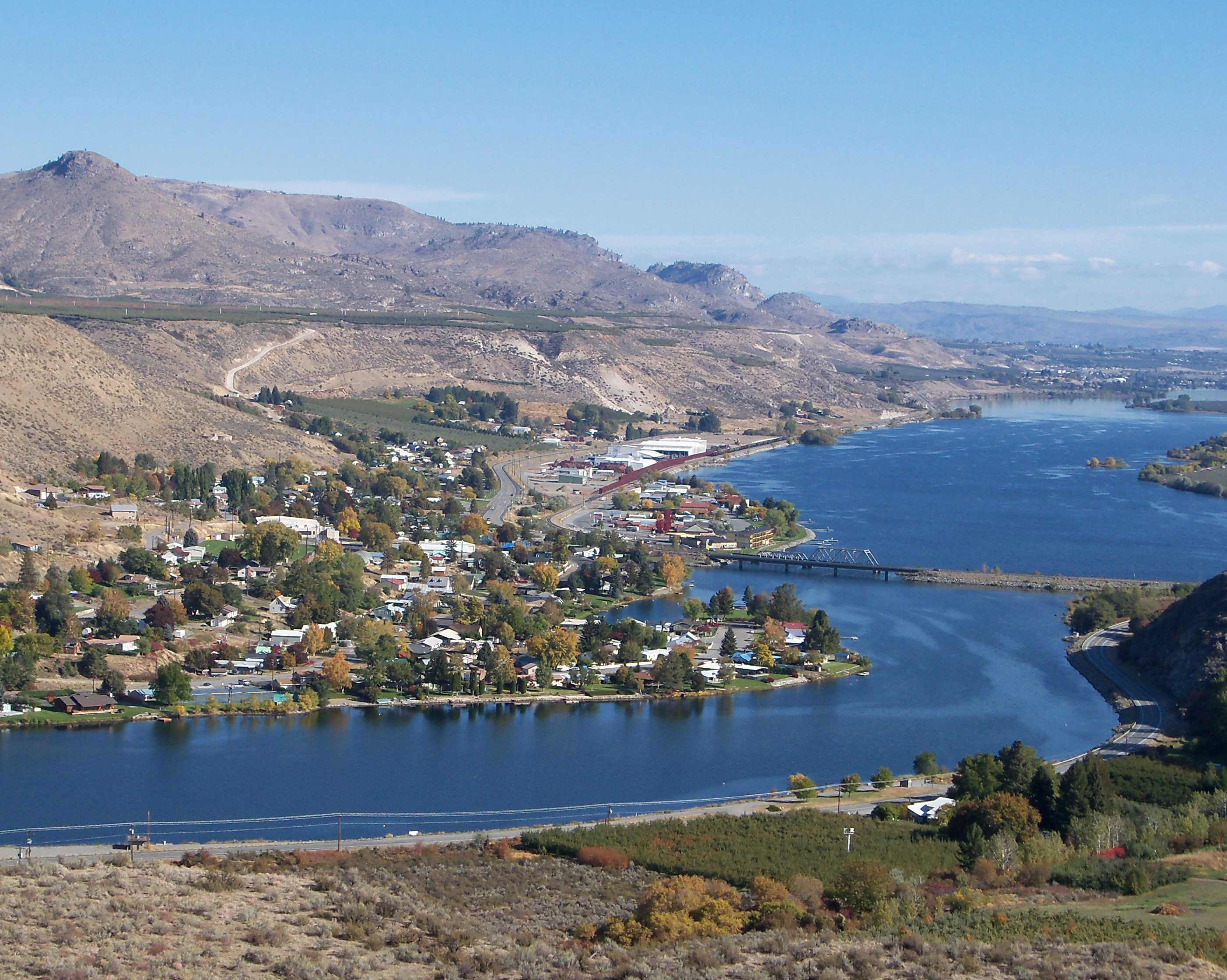 New_Pateros_from_above_8x10.jpg